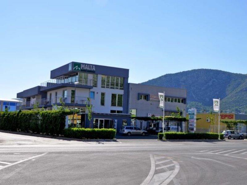 malta-motel-mostar-bosnia-i-hercegowina-bosnia-i-hercegowina-mostar-sport.jpg