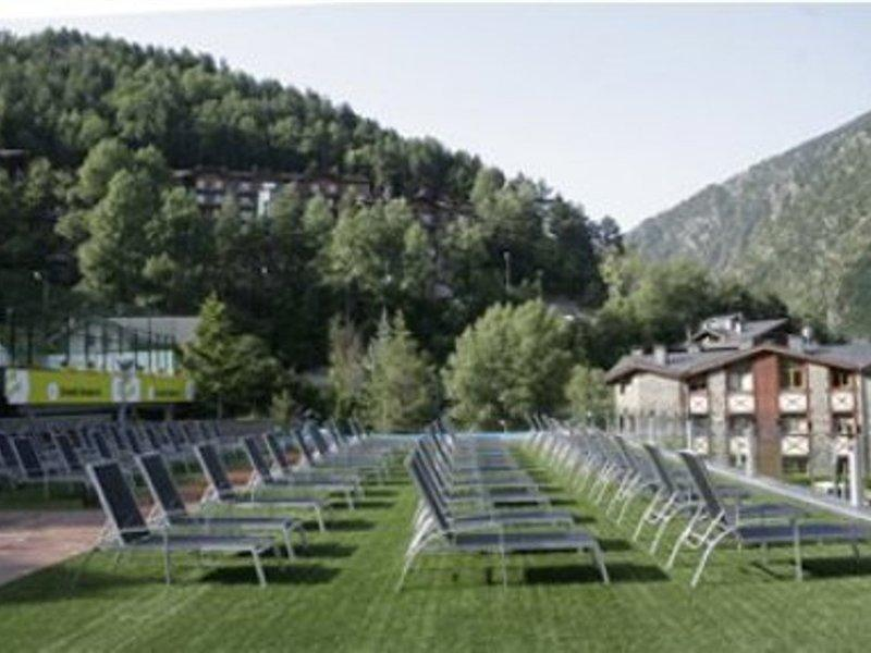anyos-park-apartments-andora-andora-la-massana-plaza.jpg