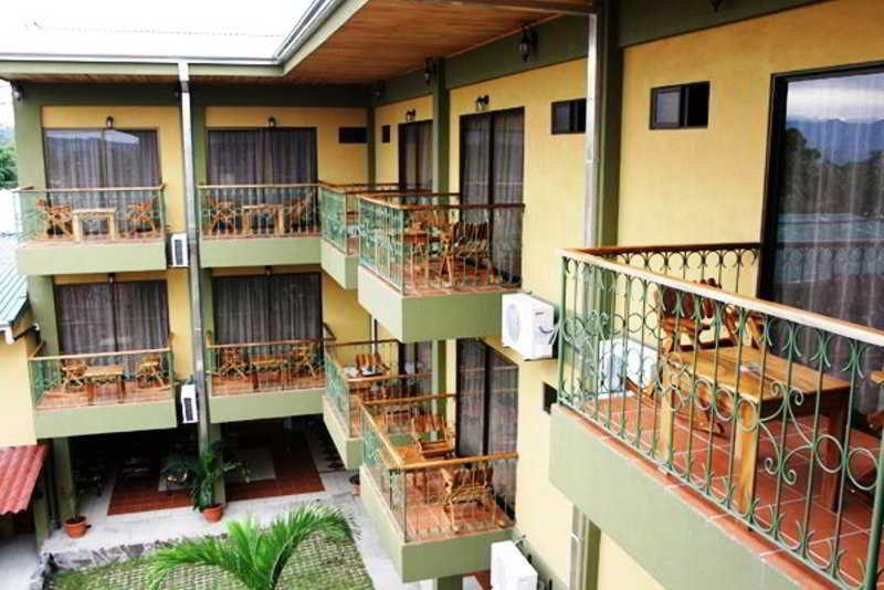 arenal-bromelias-kostaryka-kostaryka-la-fortuna-recepcja.jpg
