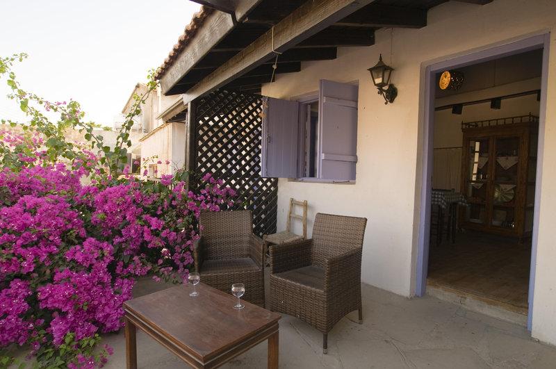cyprus-villages-tradtional-hosues-kalavassos-cypr-cypr-poludniowy-tochni-recepcja.jpg