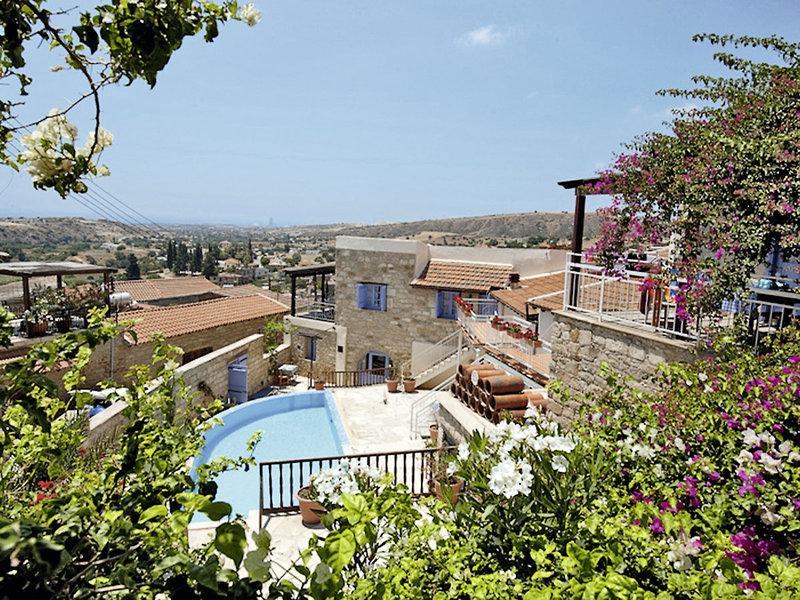 cyprus-villages-tochni-agrotourism-center-cypr-rozrywka.jpg