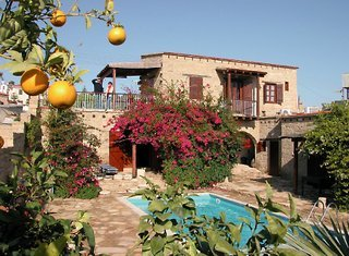 cyprus-villages-tochni-traditional-houses-cypr-widok.jpg