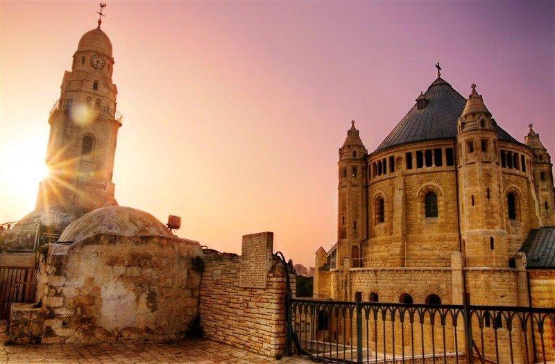 city-break-jerusalem-roulette-4-sterne-izrael-tel-aviv-i-okolice-bar.jpg