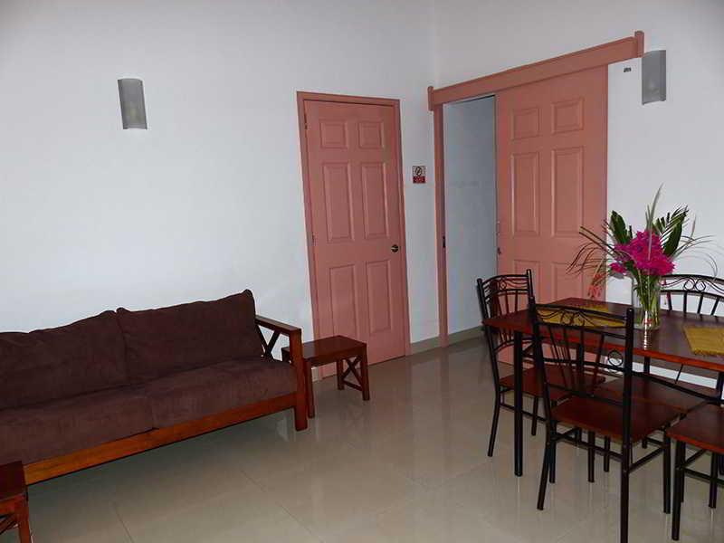 residence-les-lauriers-mauritius-wybrzeze-polnocne-pointe-aux-cannoniers-recepcja.jpg