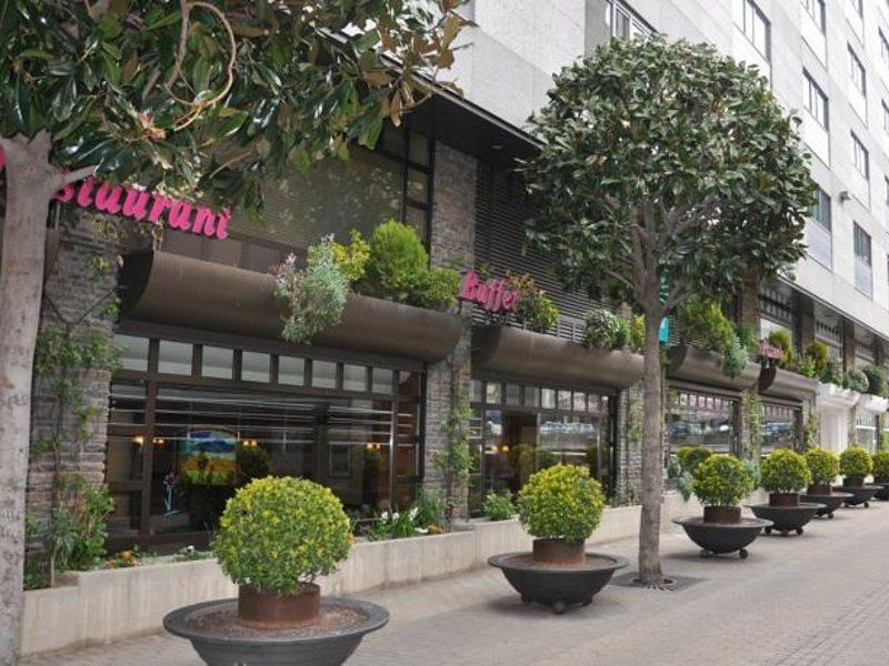 mercure-andorra-andora-restauracja.jpg
