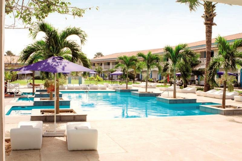 djembe-beach-resort-gambia-bufet.jpg