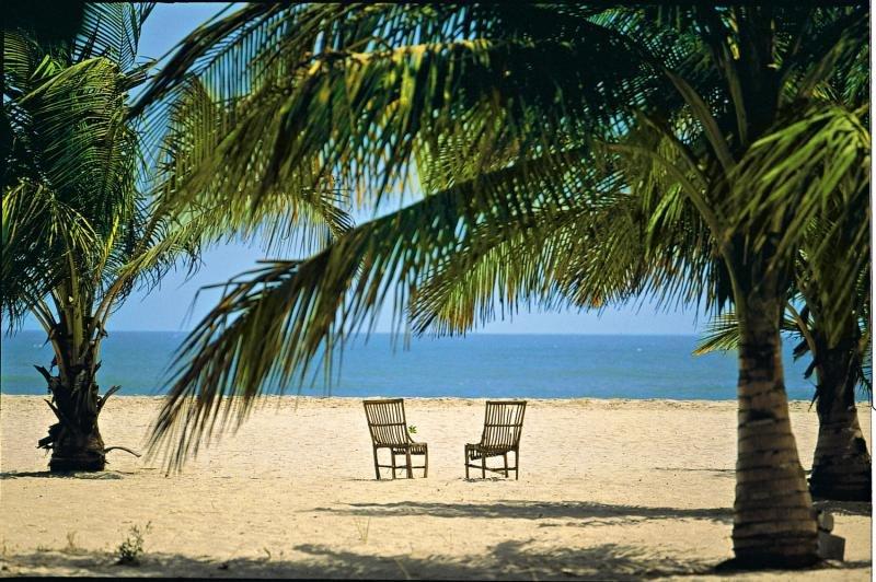 djembe-beach-resort-gambia-lobby.jpg