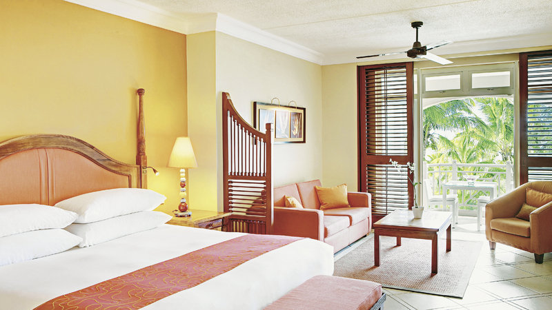 hotel-lux-belle-mare-mauritius-lobby-bar.jpg