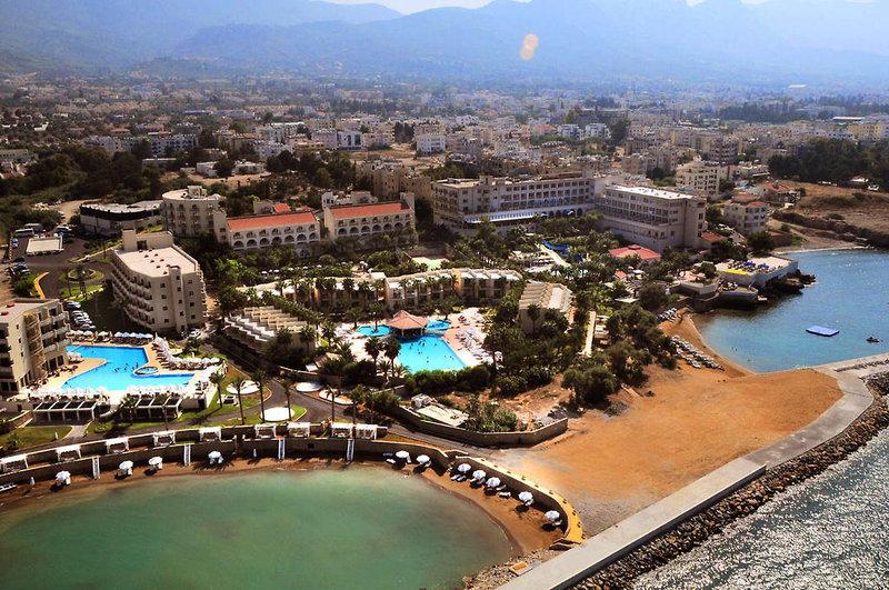 oscar-resort-cypr-cypr-polnocny-bufet.jpg