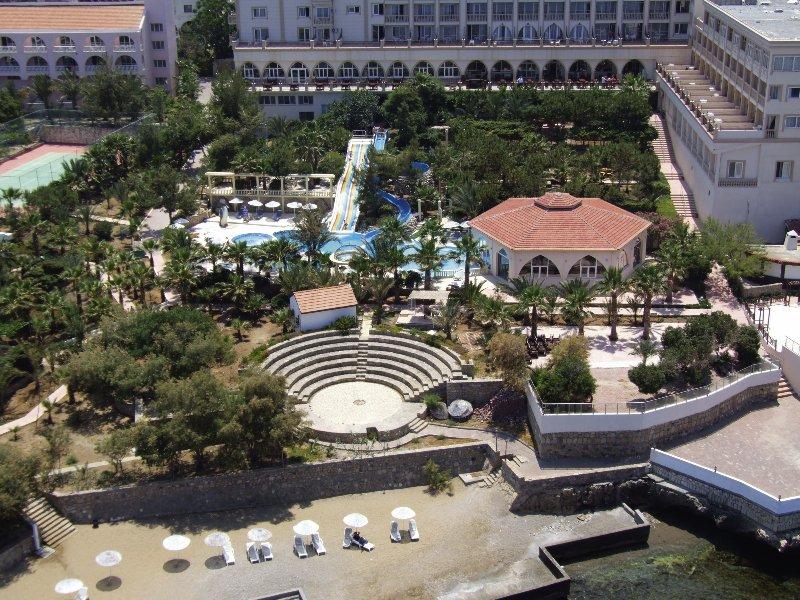 oscar-resort-cypr-cypr-polnocny-girne-bufet.jpg