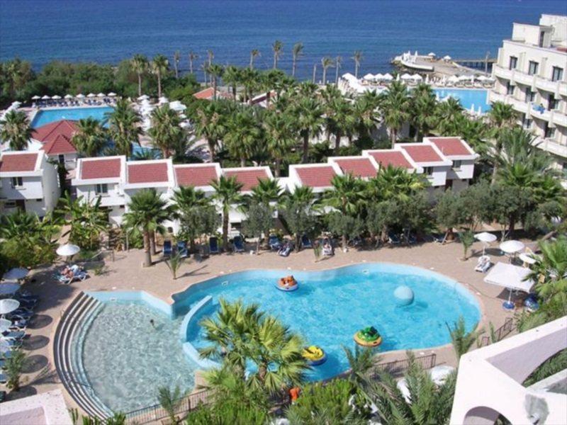 oscar-resort-cypr-cypr-polnocny-girne-widok.jpg