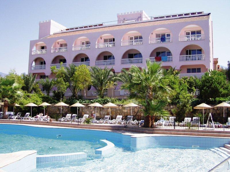 oscar-resort-cypr-cypr-polnocny-plaza.jpg