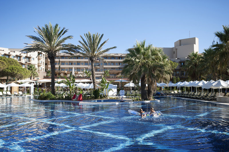 oscar-resort-oscar-resort-club-appartements-cypr-polnocny-cypr-polnocny-wyglad-zewnetrzny.jpg