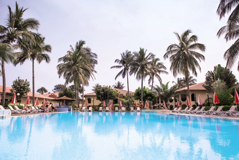 ocean-bay-hotel-and-resort-gambia-gambia-bakau-bufet.jpg