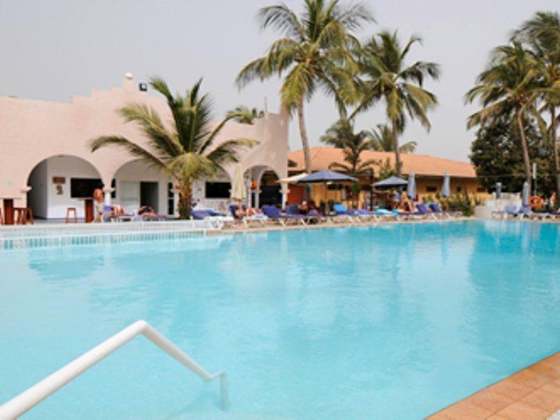 ocean-bay-hotel-and-resort-gambia-gambia-bakau-wyglad-zewnetrzny.jpg
