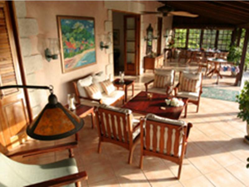 stonehaven-villas-trynidad-i-tobago-wyglad-zewnetrzny.jpg
