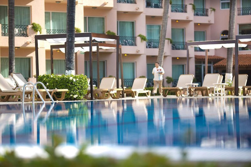 Golden Crown Paradise All Inclusive