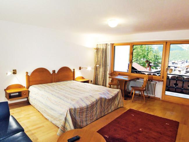 Appartements Sarazena / Everest / Kontiki