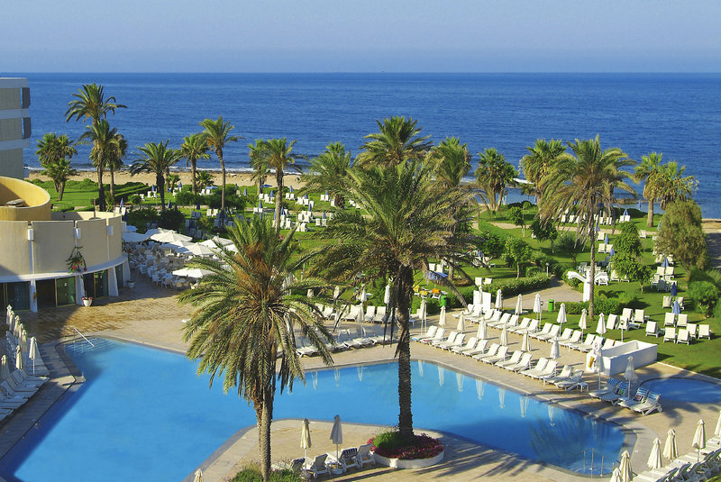 louis-imperial-beach-club-cypr-cypr-zachodni-paphos-budynki.jpg