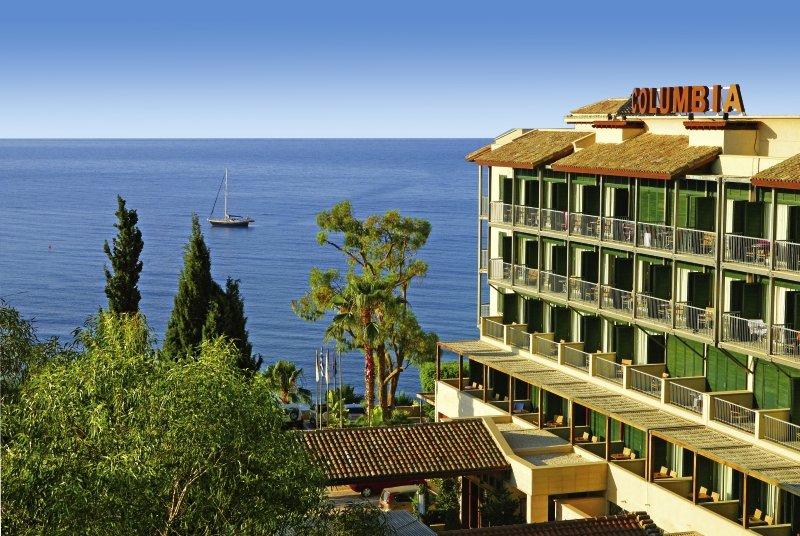 columbia-beach-columbia-beach-resort-cypr-poludniowy-recepcja.jpg