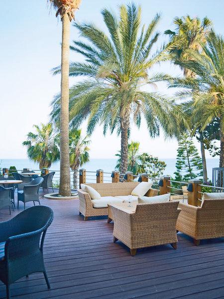 columbia-beach-cypr-lobby.jpg