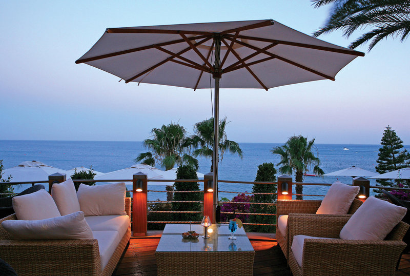 columbia-beach-hotel-cypr-cypr-pissouri-pokoj.jpg