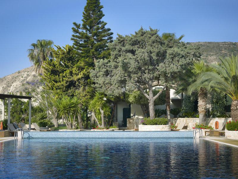 columbia-beach-hotel-cypr-morze.jpg