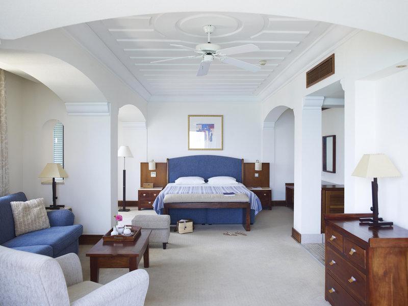 columbia-beach-hotel-cypr-widok-z-pokoju.jpg