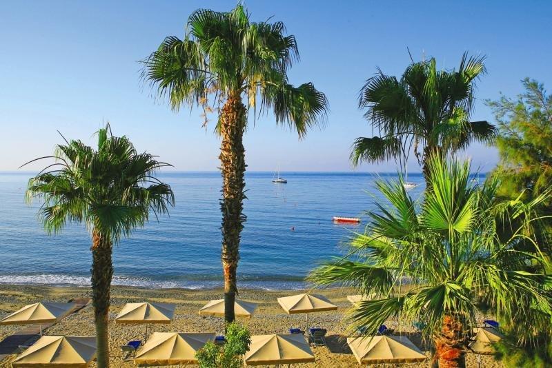 columbia-beachotel-inklusive-privattransfer-cypr-cypr-poludniowy-pissouri-wyglad-zewnetrzny.jpg