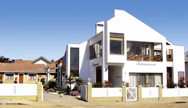 intermezzo-guesthouse-namibia-namibia-swakopmund-morze.jpg