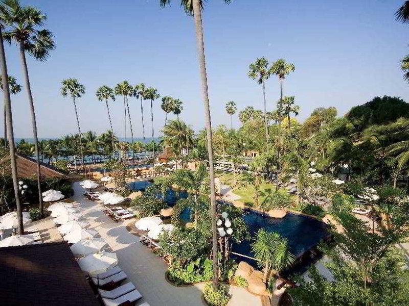 Jomtien Palm Beach & Resort