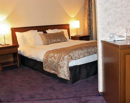plaza-hotel-burgas-bulgaria-sloneczny-brzeg-burgas-burgas-restauracja.jpg