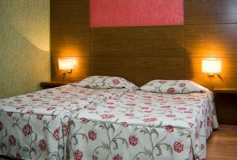 plaza-hotel-burgas-bulgaria-wyglad-zewnetrzny.jpg