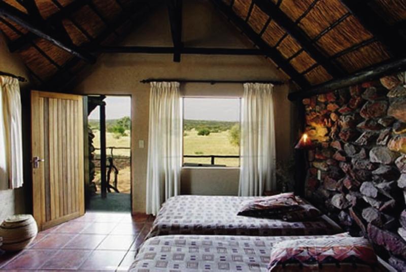 kavita-lion-lodge-kavita-lion-lodge-namibia-bar.jpg
