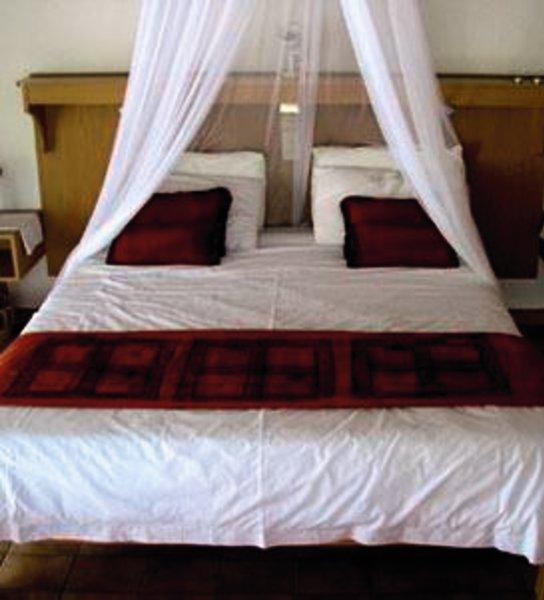 khorab-lodge-bungalow-namibia-namibia-otavi-rozrywka.jpg