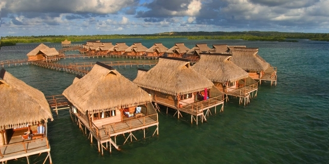 flamingo-bay-water-lodge-mozambik-recepcja.jpg