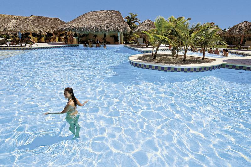 catalonia-bavaro-beach-resort-catalonia-royal-bavaro-wschodnie-wybrzeze-wschodnie-wybrzeze-morze.jpg