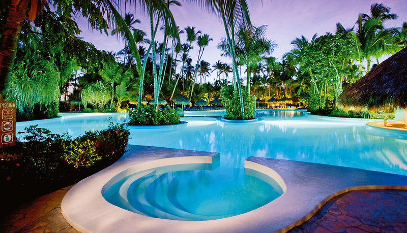 meli-caribe-tropical-dominikana-wschodnie-wybrzeze-budynki.jpg