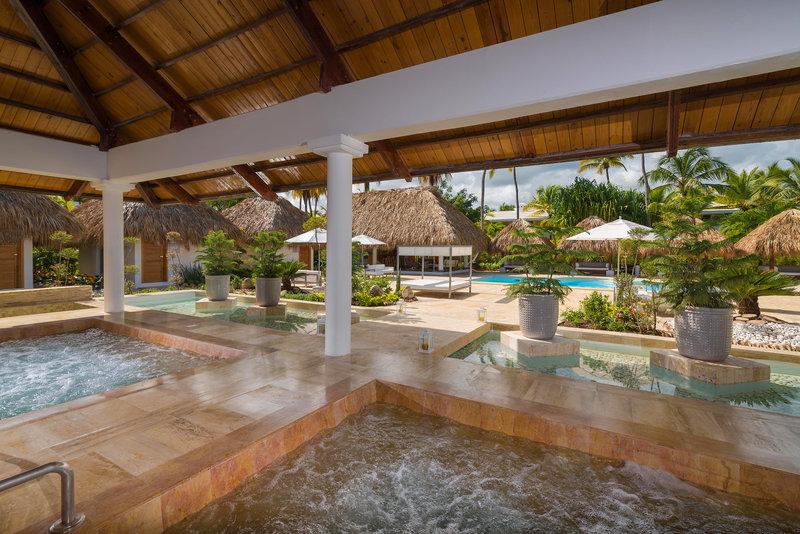 melia-caribe-tropical-dominikana-wschodnie-wybrzeze-bavaro-punta-cana-plaza.jpg