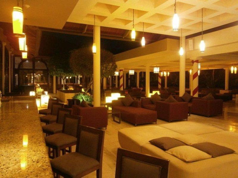 melia-caribe-tropical-dominikana-wschodnie-wybrzeze-budynki.jpg
