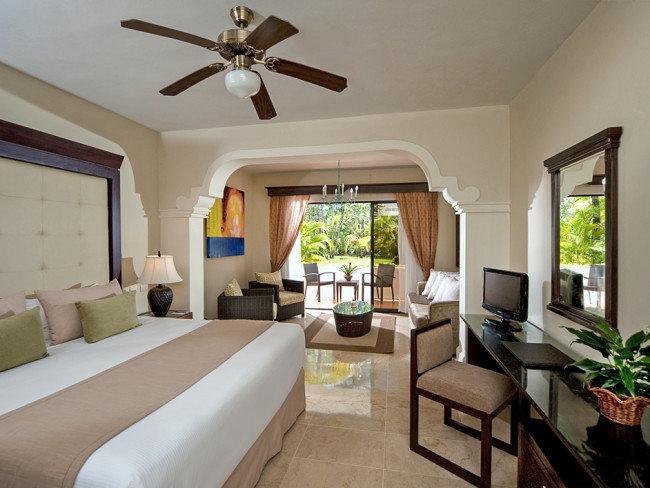 melia-caribe-tropical-dominikana-wschodnie-wybrzeze-playa-bavaro-budynki.jpg