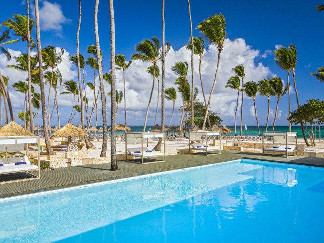 melia-caribe-tropical-dominikana-wschodnie-wybrzeze-playa-bavaro-bufet.jpg