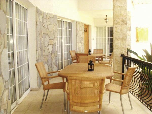 theo-s-club-villas-cypr-restauracja.jpg