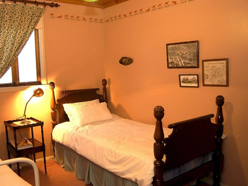 adelaide-heritage-cottages-apartments-australia-australia-poludniowa-adelaide-bar.jpg