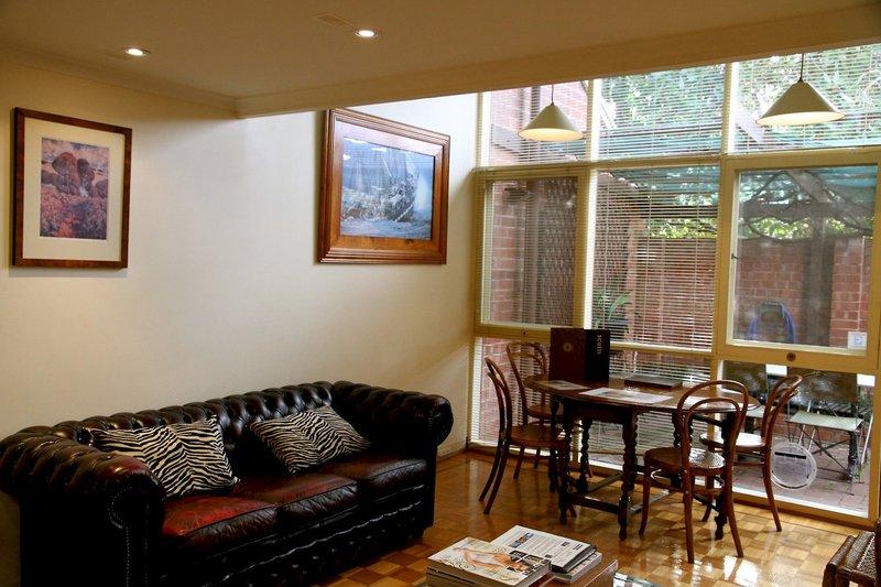 adelaide-heritage-cottages-apartments-australia-australia-poludniowa-adelaide-basen-plaza.jpg