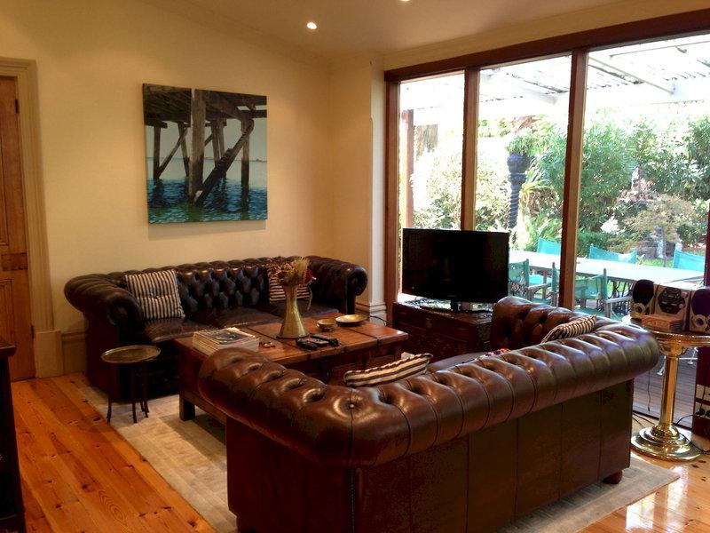 adelaide-heritage-cottages-apartments-australia-australia-poludniowa-adelaide-lobby-sport.jpg