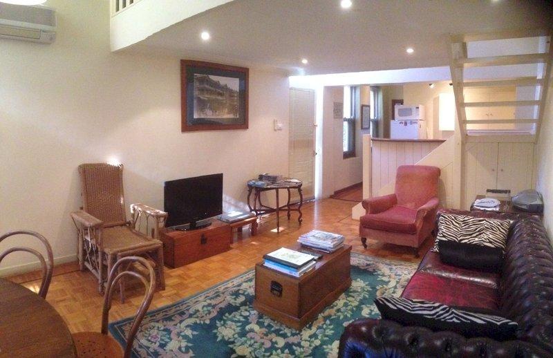 adelaide-heritage-cottages-apartments-australia-australia-poludniowa-plaza.jpg