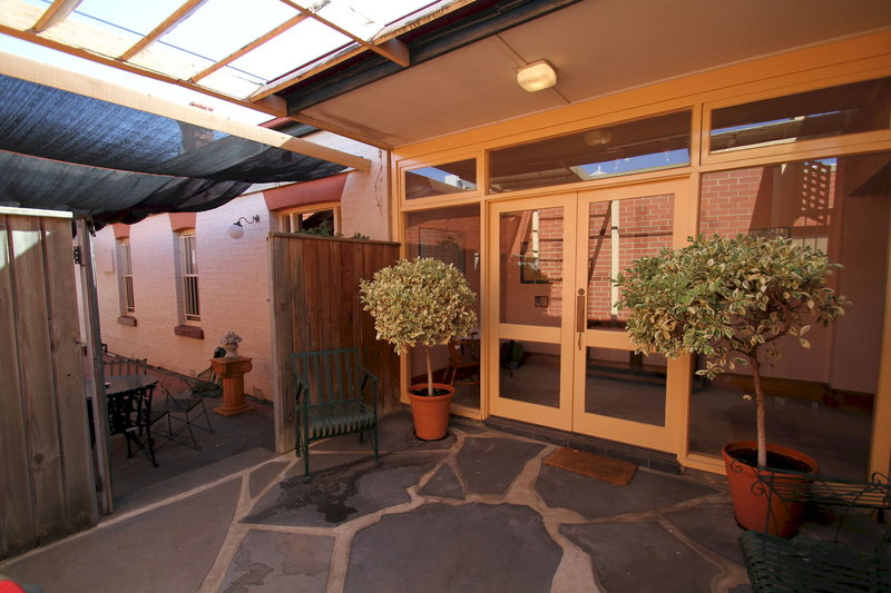 adelaide-heritage-cottages-apartments-australia-budynki.jpg