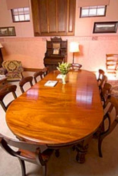 adelaide-heritage-cottages-apartments-australia-morze-restauracja.jpg