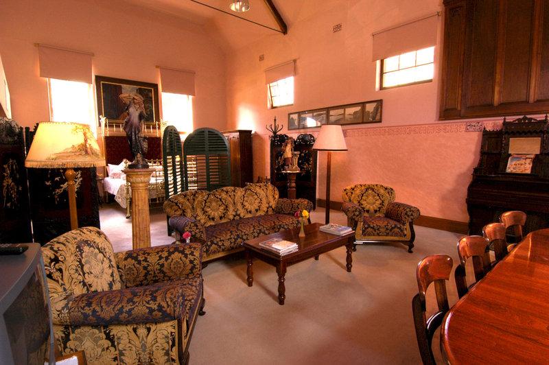 adelaide-heritage-cottages-apartments-australia-morze.jpg